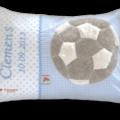 Namenskissen mit Fußball - Applikation auf Vichykaro in hellblau, Namensstickerei und Geburtsdatum des Kindes