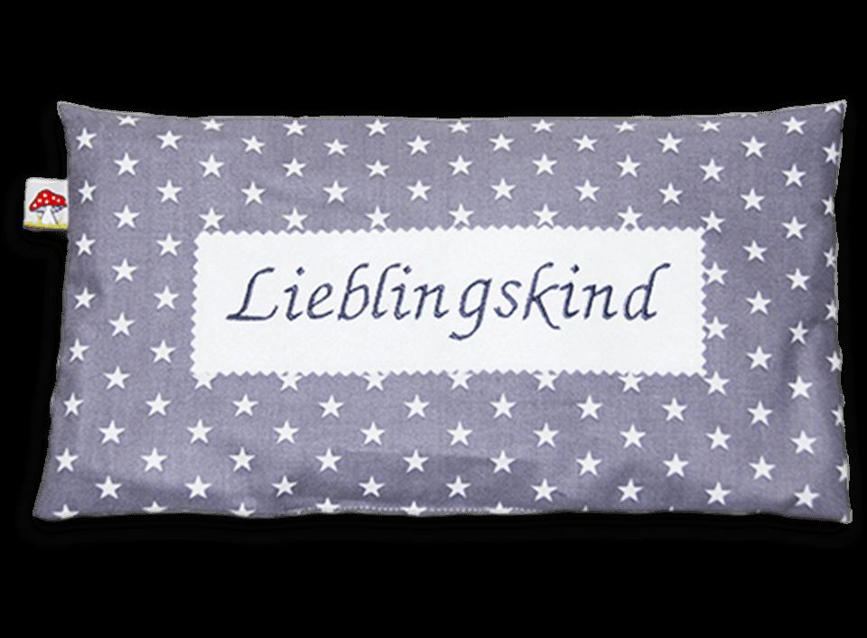 """Kissen mit Sternen-Muster und Stickerei """"Lieblingskind"""""""