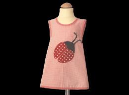 Schickes Schürzenkleid mit Marienkäfer auf rosa und Vichykaro-Details