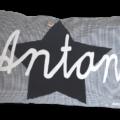 Namenskissen mit Stern - Applikation und applizierten Namen