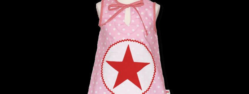 Schicke Tunika mit Stern auf gepunkteten Stoff mit Vichykaro-Details