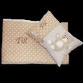 Kuschelige Bettwäsche mit detaillierter Teddy-Applikation und Namensstickerei