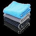 Flauschige Kinderdecken in hellblau, grau, dunkelblau und schwarz im Sternen-Design