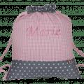 Dieser Turnbeutel besteht aus einem Muster-Mix aus Vichykaro und Sternen in grau.und rosa.