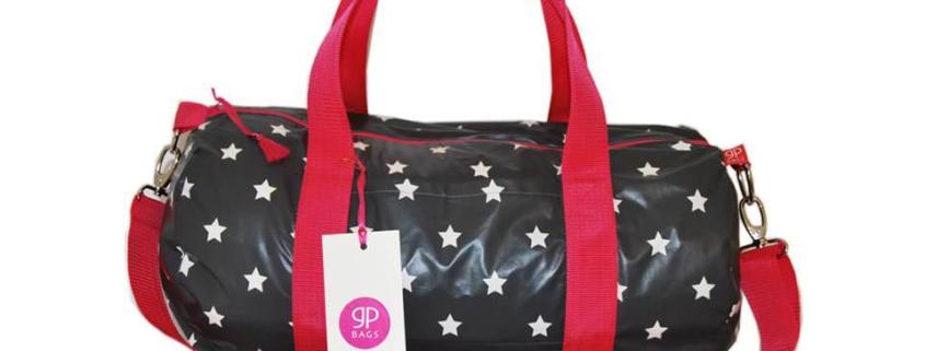 Reisetasche mit Sternen