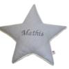 Sternenkissen in grauem Vichykaro mit gesticktem Namen