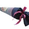 Schultüte Einhorn appliziert mit gesticltem Namen von oben fotografiert