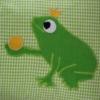 Namenskissen mit Froschkönig in grün in der Detailansicht