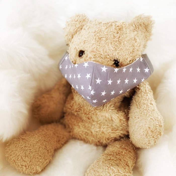 Gesichtsmasken für Kinder und Erwachsene