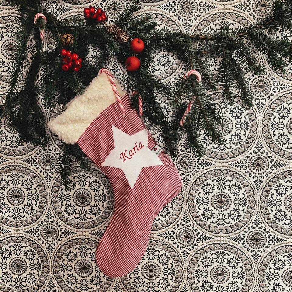 Nikolausstiefel mit Namen als personalisiertes Weihnachtsgeschenk